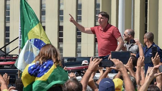 """Chiến lược """"thả tự nhiên"""" khiến Brazil thành ổ dịch lớn nhất Nam bán cầu - Ảnh 2."""