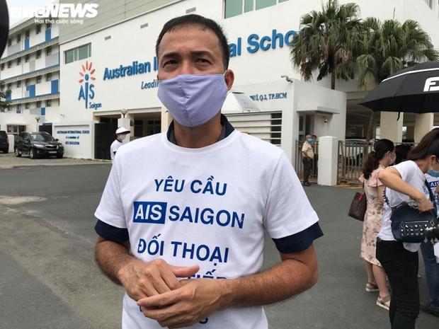 AIS Saigon chỉ đồng ý hoàn một ít học phí nếu phụ huynh chịu đóng tiền năm sau  - Ảnh 3.