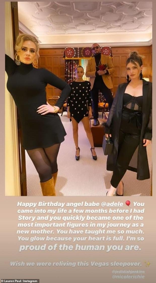 Trời ơi Adele đăng 1 bức ảnh sinh nhật mà gây bão MXH vì quá đẹp và nuột, kéo đến ảnh hậu trường còn bất ngờ hơn - Ảnh 4.