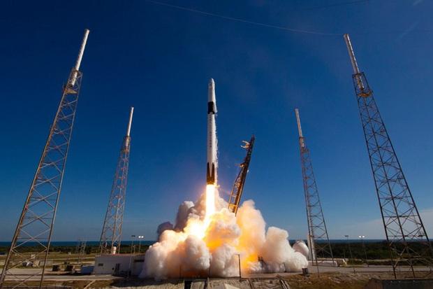Phát hiện tiểu hành tinh vàng trị giá gần 10.000 triệu tỷ USD có thể biến tất cả mọi người thành tỷ phú, NASA thuê Elon Musk thám hiểm vào năm 2022  - Ảnh 1.