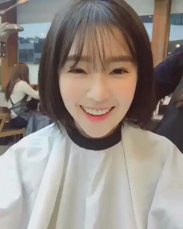 Dù fan rất mong mỏi nhưng Irene lại chưa bao giờ dám để tóc ngắn, bởi lẽ kiểu gì cũng gây tranh cãi lớn - Ảnh 3.