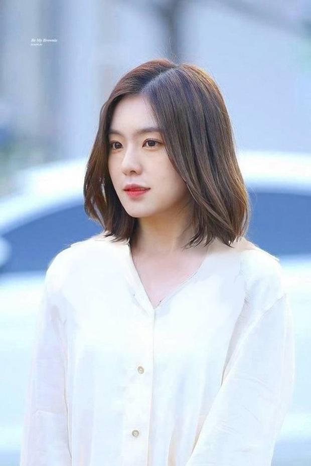 Dù fan rất mong mỏi nhưng Irene lại chưa bao giờ dám để tóc ngắn, bởi lẽ kiểu gì cũng gây tranh cãi lớn - Ảnh 4.