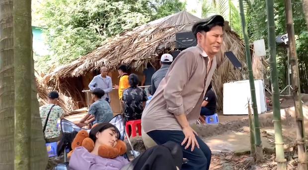 Huy Khánh khiến Ngọc Lan đau khổ ở hậu trường Luật Trời - Ảnh 4.