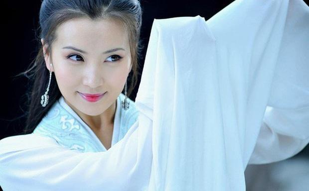 Dàn mỹ nhân xuất thân từ lò đào tạo danh tiếng Trung Hý: Toàn sao hạng A thị phi rợp trời, riêng 1 người tài sắc đời tư mỹ mãn - Ảnh 17.