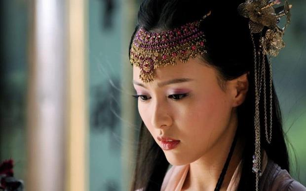 Dàn mỹ nhân xuất thân từ lò đào tạo danh tiếng Trung Hý: Toàn sao hạng A thị phi rợp trời, riêng 1 người tài sắc đời tư mỹ mãn - Ảnh 24.