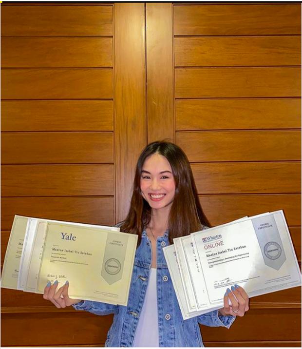 Nữ sinh 19 tuổi tốt nghiệp 9 khoá học trực tuyến của Ivy League trong thời gian giãn cách xã hội, gây quỹ quyên góp hơn 230 triệu chống dịch - Ảnh 1.