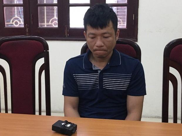 Hà Nội: Người đàn ông lẻn vào nhà dân trộm 20 cây vàng đem bán mua ô tô - Ảnh 1.