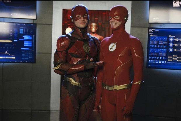 Sau scandal hành hung bóp cổ fan, loạt phim siêu anh hùng The Flash có nguy cơ bị hủy sản xuất - Ảnh 4.