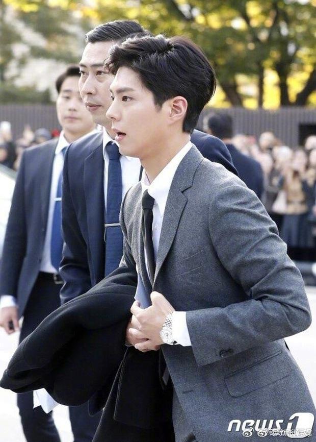 Quan hệ kỳ lạ của Song Joong Ki - Park Bo Gum: Như anh em ruột khóc vì nhau, dự cả đám cưới nhưng khác hẳn sau vụ ly dị? - Ảnh 17.