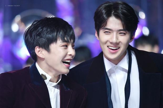 Dàn idol đội lốt em út trong các nhóm nhạc Kpop: Bất ngờ tuổi của Taeyeon - Xiumin, Jisoo - Jin quá trùng hợp - Ảnh 12.
