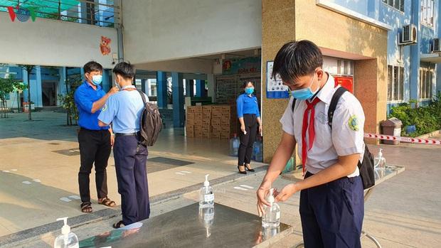 Việt Nam nằm trong số 5 quốc gia tạo ra kỳ tích chống dịch Covid-19 - Ảnh 1.