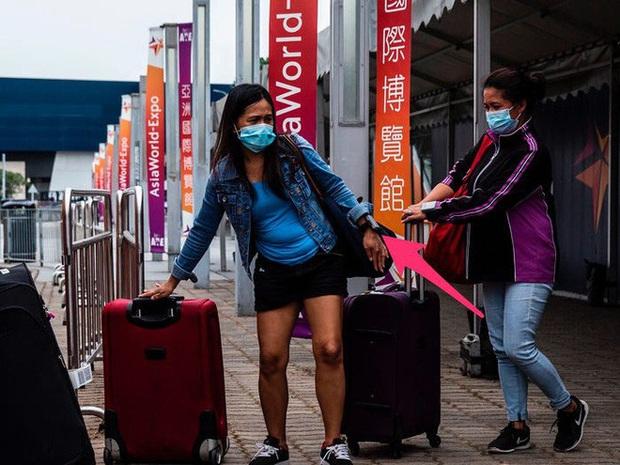 Ai đến Hong Kong cũng đều phải đeo vòng công nghệ này để kiểm soát dịch Covid-19, nếu vi phạm sẽ bị phạt tù 6 tháng - Ảnh 11.