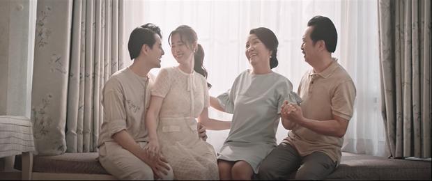 Đông Nhi kể lại câu chuyện đời mình từ khi sinh ra, đến khi trưởng thành và làm mẹ trong MV mới khiến ai xem cũng rưng rưng nước mắt - Ảnh 11.