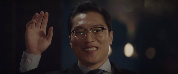 3 khoảnh khắc ăn điểm nhất tập 9 Hospital Playlist: Thánh tấu hài Ik Jun vẫn rút cạn nước mắt thiên hạ, hội U40 lại tương tàn vì miếng ăn - Ảnh 18.