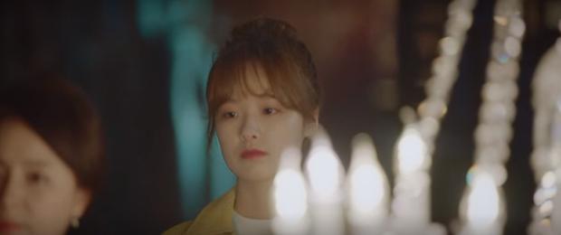 3 khoảnh khắc ăn điểm nhất tập 9 Hospital Playlist: Thánh tấu hài Ik Jun vẫn rút cạn nước mắt thiên hạ, hội U40 lại tương tàn vì miếng ăn - Ảnh 19.