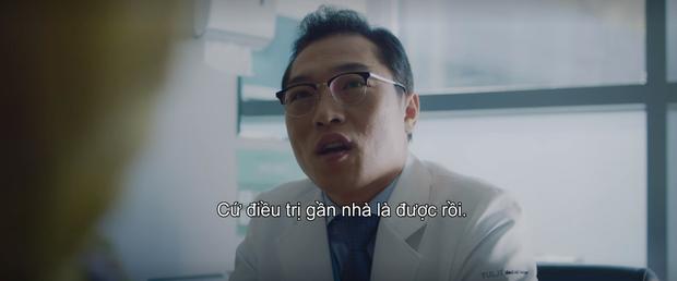 3 khoảnh khắc ăn điểm nhất tập 9 Hospital Playlist: Thánh tấu hài Ik Jun vẫn rút cạn nước mắt thiên hạ, hội U40 lại tương tàn vì miếng ăn - Ảnh 17.