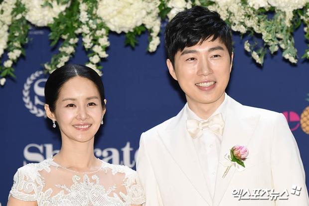 Đám cưới mỹ nhân Thư ký Kim và huyền thoại game thủ leo thẳng lên top Naver, tất cả nhờ chi tiết về Yoo Jae Suk - Ảnh 5.