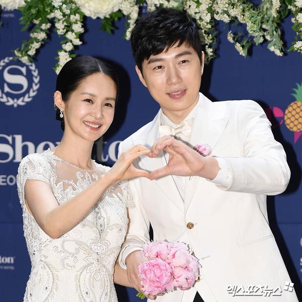 Đám cưới mỹ nhân Thư ký Kim và huyền thoại game thủ leo thẳng lên top Naver, tất cả nhờ chi tiết về Yoo Jae Suk - Ảnh 3.