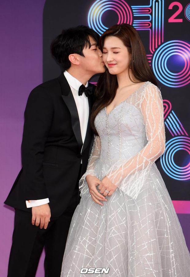 Chuyện nữ idol kết hôn sớm, sinh con ở tuổi 21: Bỏ cả sự nghiệp, mặc kẹ mác cưới chạy bầu vì gia đình và happy ending - Ảnh 7.