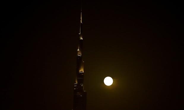 Loạt ảnh ấn tượng về siêu trăng cuối cùng của năm 2020 diễn ra vào đêm qua trên toàn thế giới - Ảnh 11.