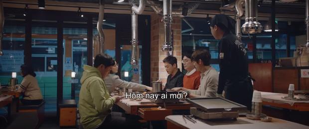 3 khoảnh khắc ăn điểm nhất tập 9 Hospital Playlist: Thánh tấu hài Ik Jun vẫn rút cạn nước mắt thiên hạ, hội U40 lại tương tàn vì miếng ăn - Ảnh 2.