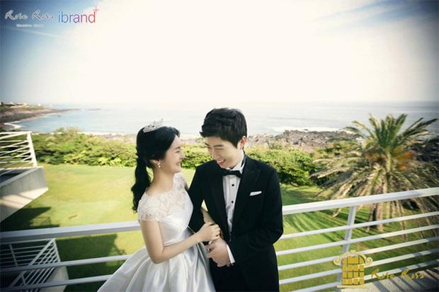 Đám cưới mỹ nhân Thư ký Kim và huyền thoại game thủ leo thẳng lên top Naver, tất cả nhờ chi tiết về Yoo Jae Suk - Ảnh 12.