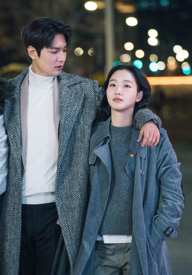 Bức ảnh đang gây nổ MXH: Ngoài mẹ ruột, đây là người phụ nữ đầu tiên Lee Min Ho khoe ảnh lên Instagram, hẹn hò đi chờ chi! - Ảnh 6.