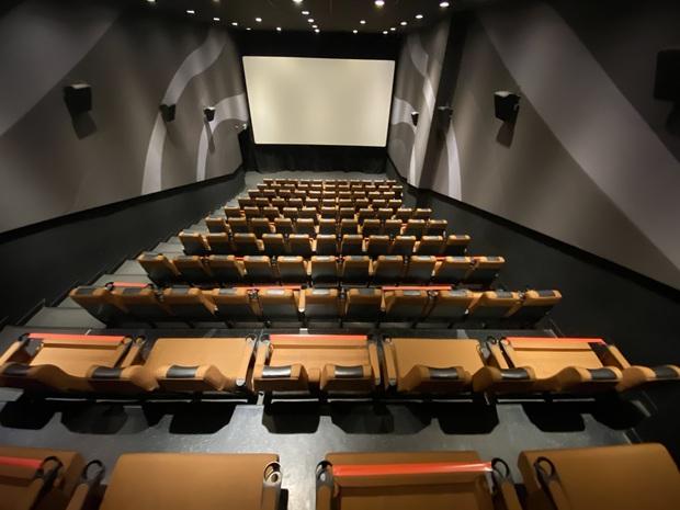 Rạp chiếu phim Việt Nam rục rịch chuẩn bị đón khách trở lại từ ngày 9/5 - Ảnh 8.