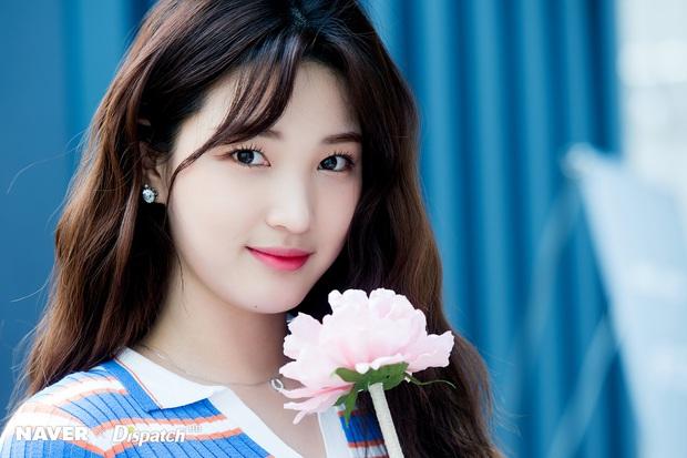 Chuyện nữ idol kết hôn sớm, sinh con ở tuổi 21: Bỏ cả sự nghiệp, mặc kẹ mác cưới chạy bầu vì gia đình và happy ending - Ảnh 2.
