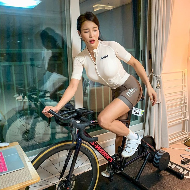 Chán việc, nữ nhân viên văn phòng quyết tâm theo nghiệp VĐV rồi vụt sáng trở thành mỹ nhân thể thao Hàn Quốc - Ảnh 9.