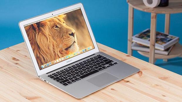 Thử dùng MacBook Air cũ 5 năm tuổi chống cháy thay laptop Windows: Cho sinh viên hay dân văn phòng thì vẫn cứ vô tư! - Ảnh 1.