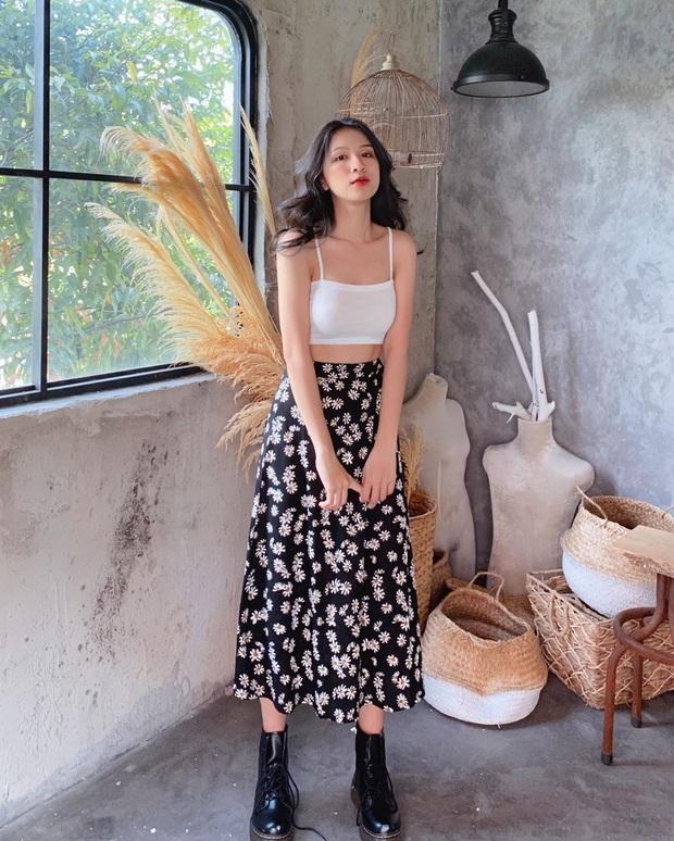 Lượn 10 shop này tại Sài Gòn, bạn chắc chắn tăm tia được chiếc váy hoa ưng ý mà chỉ phải bỏ ra vài trăm - Ảnh 1.