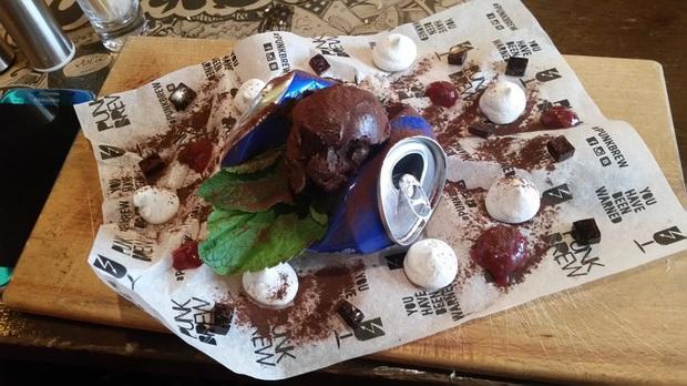 """Muôn kiểu trình bày món ăn như đến từ hành tinh khác của các nhà hàng sang trọng, vừa mang ra bàn đã khiến khách """"bỏ của chạy lấy người"""" - Ảnh 23."""