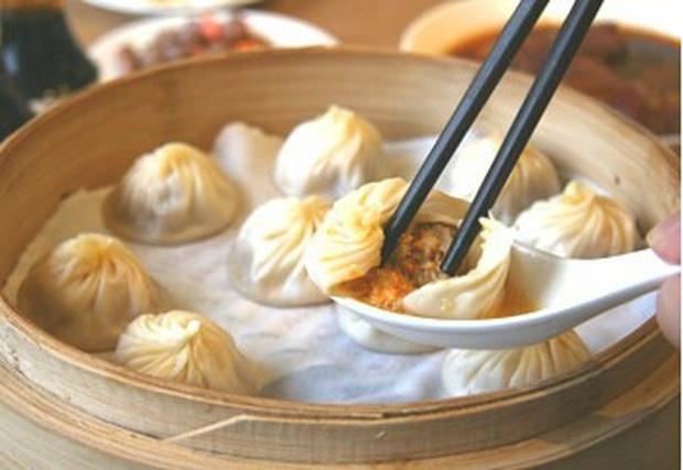 Có đến hơn 9 loại bánh bao nổi tiếng ở Trung Quốc, có loại...chó cũng không thèm nhưng lại là đặc sản nhiều người ưa chuộng - Ảnh 6.