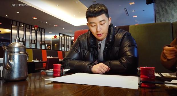 Fan phát hiện kênh Youtube của Park Seo Joon âm thầm có sự thay đổi trong các vlog gần đây, anh sắp lấn sân sang một mảng mới toanh? - Ảnh 3.