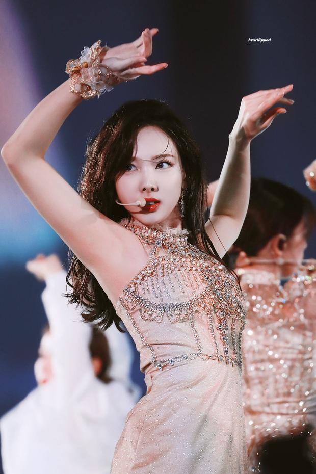 Nữ diễn viên Hàn gây bão vì giống mỹ nhân hot nhất nhì TWICE, ai ngờ lại là hiện tượng sao nhí từ 10 năm trước - Ảnh 3.