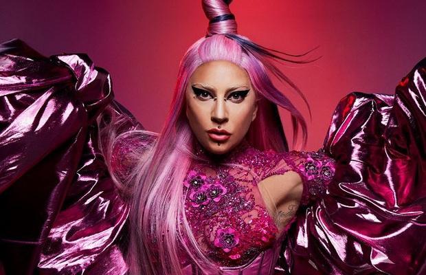 Pitchfork chấm điểm Chromatica của Lady Gaga cao hơn Taylor Swift nhưng vẫn thua Ariana Grande, ca khúc kết hợp với BLACKPINK bị chê lạc quẻ - Ảnh 5.