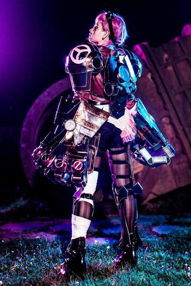 Mướt mát đầu tuần với bộ ảnh cosplay Vi bức tử vòng 1, càng ngỡ ngàng khi biết quá trình hoàn thiện phía sau - Ảnh 25.