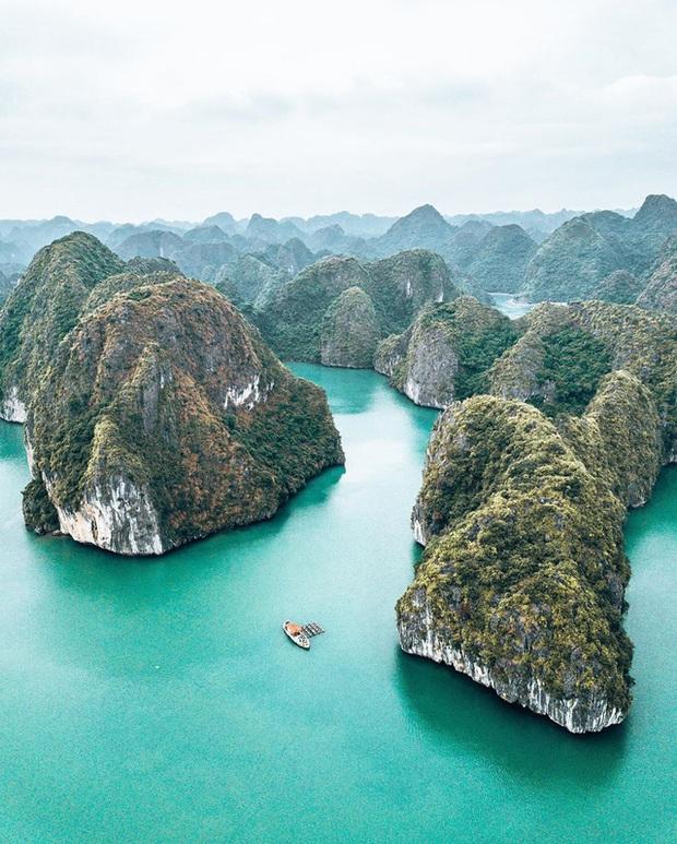 Ai tới vịnh Lan Hạ rồi mới hiểu tại sao Leonardo DiCaprio phải tấm tắc khen ngợi: Vẻ đẹp hoang sơ của thiên đường bị bỏ quên giữa Hải Phòng  - Ảnh 6.