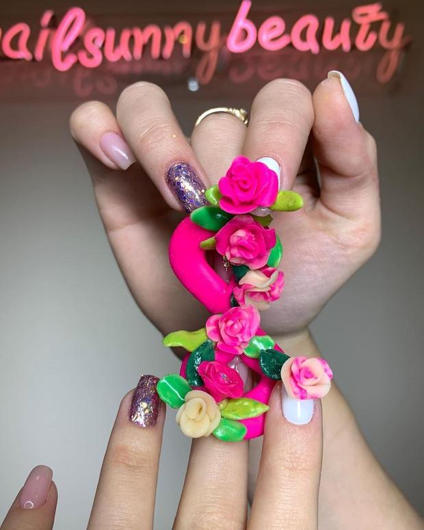 Chán kiểu móng tay đẹp quyến rũ, cặp chị em thợ làm nail sáng tạo ra bộ móng nguy hiểm, nhìn thôi cũng đủ sợ - Ảnh 8.