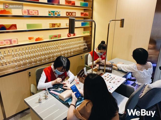 Test nóng lẩu Haidilao đang hót hòn họt ở Hà Nội: Cảm giác vui buồn lẫn lộn sau lần đầu ăn thử - Ảnh 5.