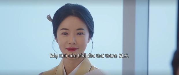 Cạn lời đệ cứng dì hai Hwang Jung Eum khuyên 7 hồn ma đầu thai thành hậu duệ BTS ở Mystic Pop-up Bar tập 7 - Ảnh 9.