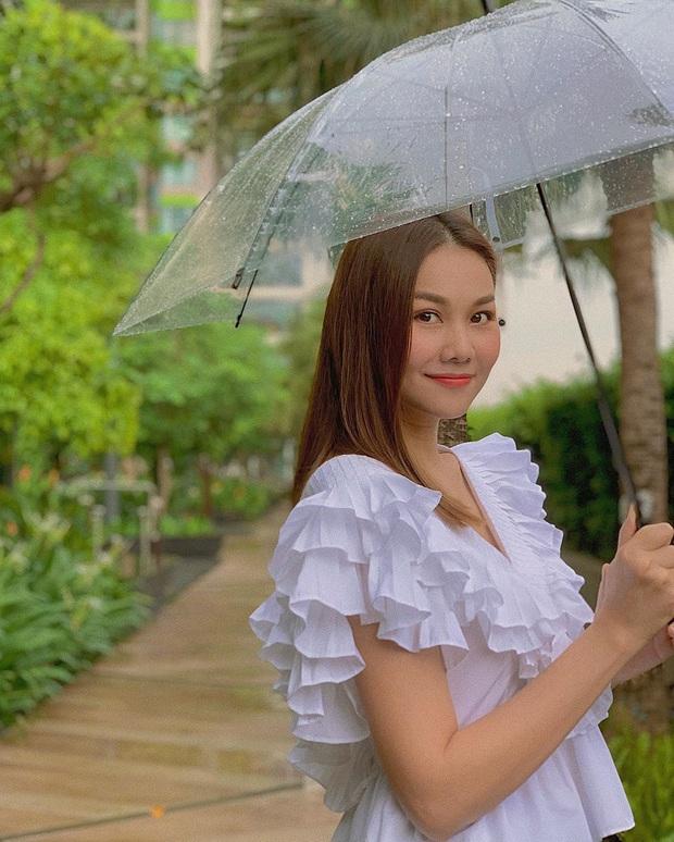 Loạt váy áo Zara xinh xẻo được sao Việt diện ầm ầm hè này, xem xong là biết ngay đâu là món hot hit đáng sắm nhất - Ảnh 14.