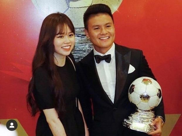 Quang Hải tặng hoa hồng khủng cho Huỳnh Anh kỷ niệm 1 tháng công khai hẹn hò, nhưng hình như có gì sai sai? - Ảnh 6.
