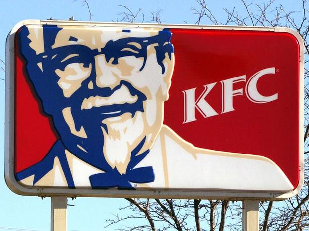 """Logo của những thương hiệu ăn uống đình đám nhất thế giới thay đổi ra sao theo thời gian: """"Chóng mặt"""" nhất vẫn là hãng đầu tiên - Ảnh 15."""