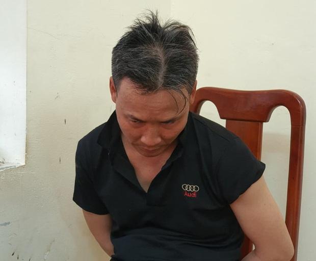 Hà Giang: Bắt giữ người đàn ông chém vợ rồi ôm con gái rời khỏi nhà - Ảnh 1.