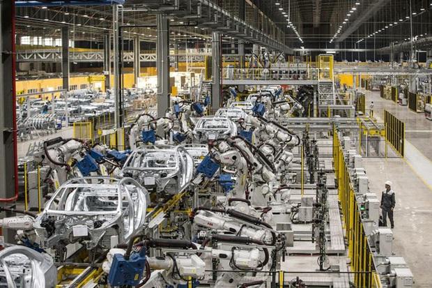 """Bloomberg: """"Xe hơi và máy thở Vingroup sẽ thay đổi cách thế giới nghĩ về Việt Nam"""" - Ảnh 4."""