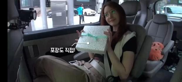 Hé lộ thái độ của Yoona đối với nhân viên ở hậu trường, ai dè lộ luôn tính cách thật: Liệu có thần thánh như lời đồn? - Ảnh 2.