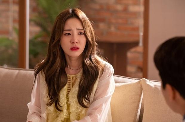 Dara (2NE1) đi diễn góp vui nhưng bị chê tơi tả, tình cũ Lưu Diệc Phi và Seo Ji Hye cũng bị mắng lây - Ảnh 1.