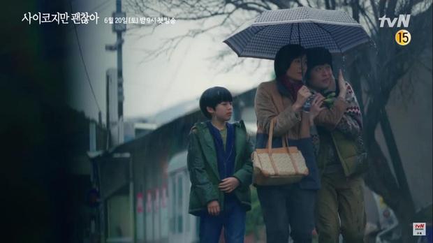 Kim Soo Hyun đẹp muốn xỉu ở Psycho But Its Okay nhưng crush lại mải ngắm trai lạ khỏa thân thế mới tức! - Ảnh 6.